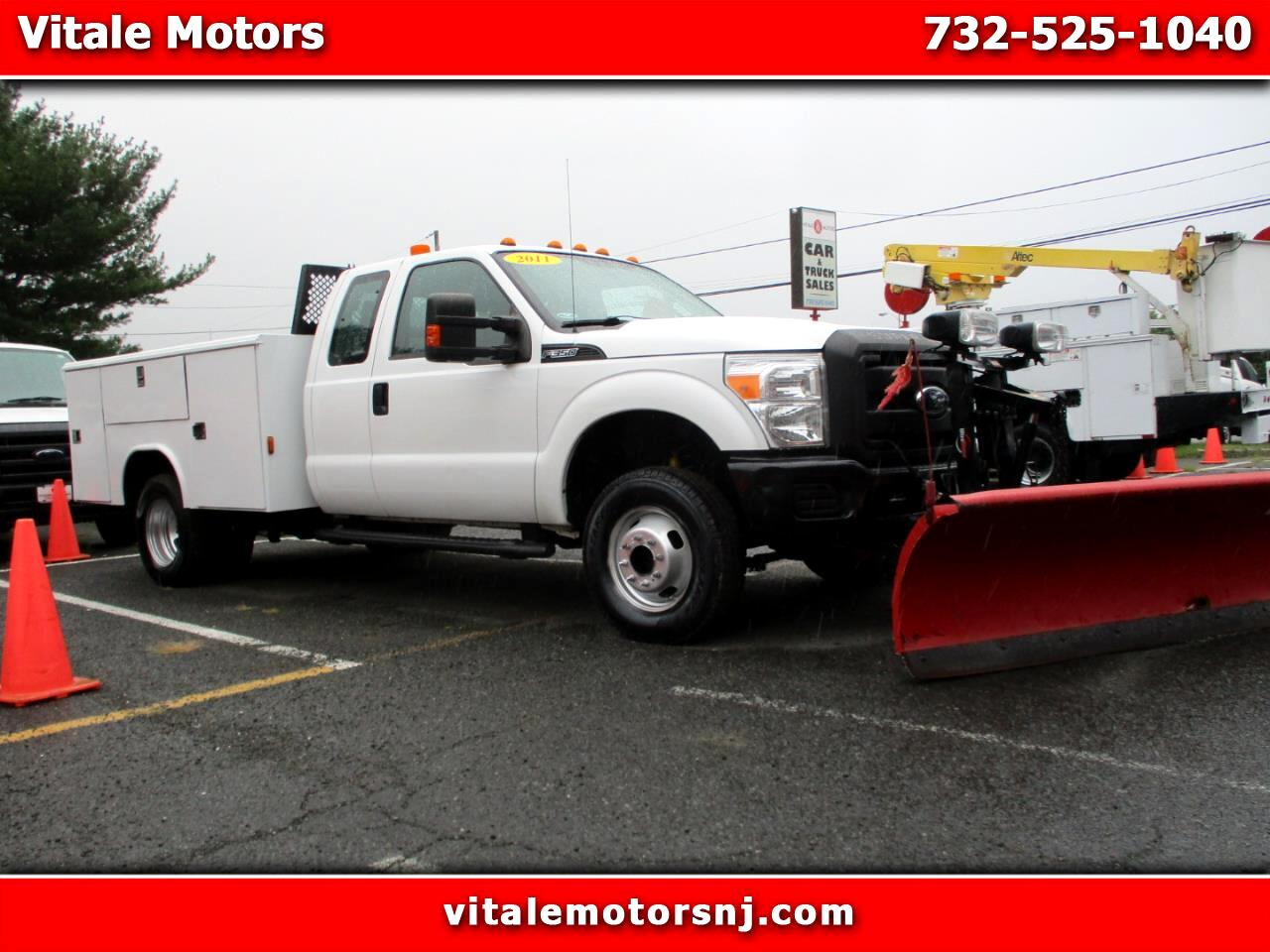 2011 Ford F-350 SD 4X4 UTILITY BODY W/ SNOW PLOW & LIFT GATE DRW