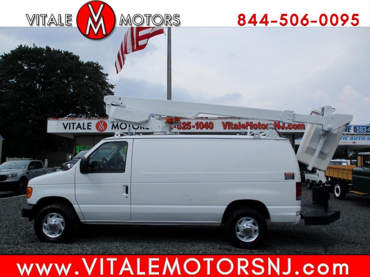 Ford Econoline Cargo Van  2007