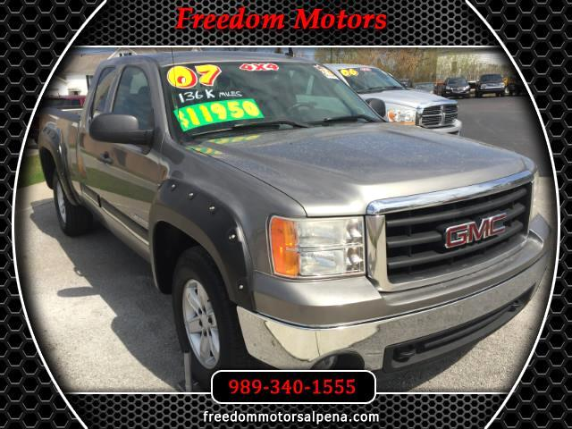2007 GMC Sierra 1500 SLE1 Ext. Cab Short Box 4WD