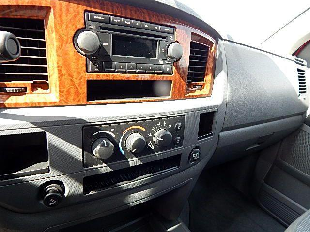 2006 Dodge Ram 1500 SLT Mega Cab 2WD