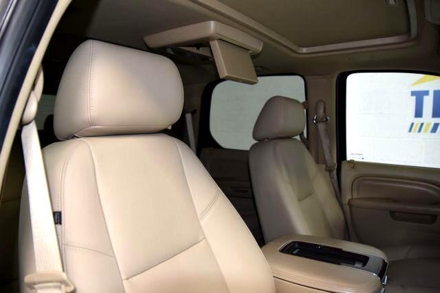 2013 Cadillac Escalade 2WD Luxury