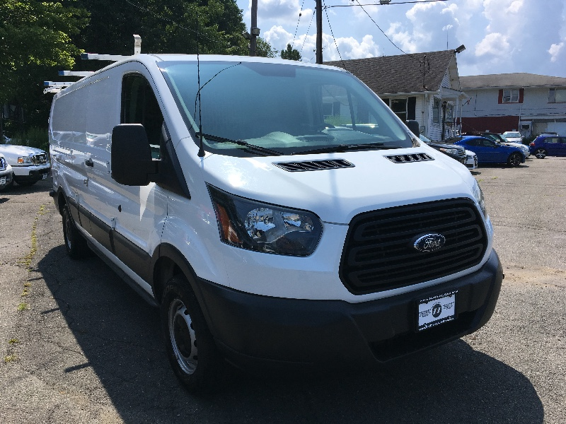 Ford Transit 250 Van Low Roof 60/40 Pass. 148-in. WB 2015