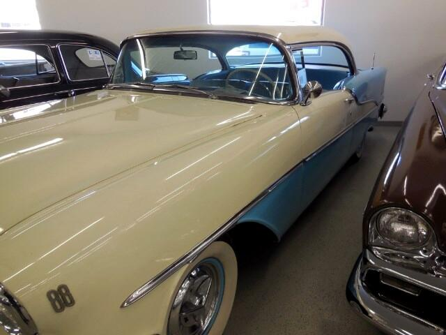 1955 Oldsmobile 88 Holiday Super