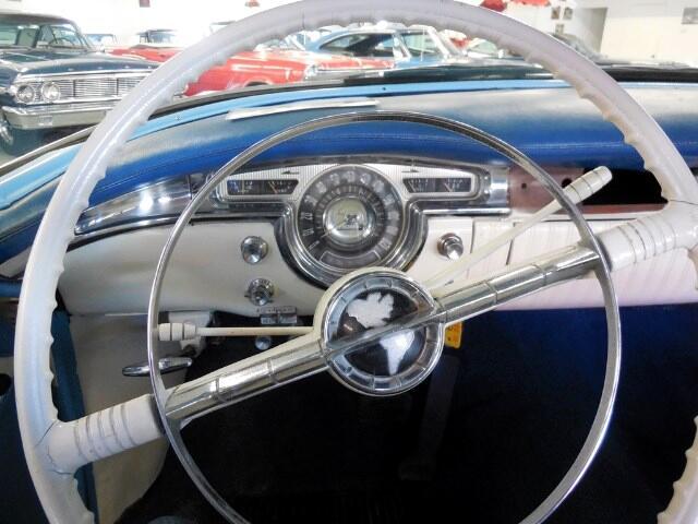 1955 Oldsmobile 88 Holiday Super