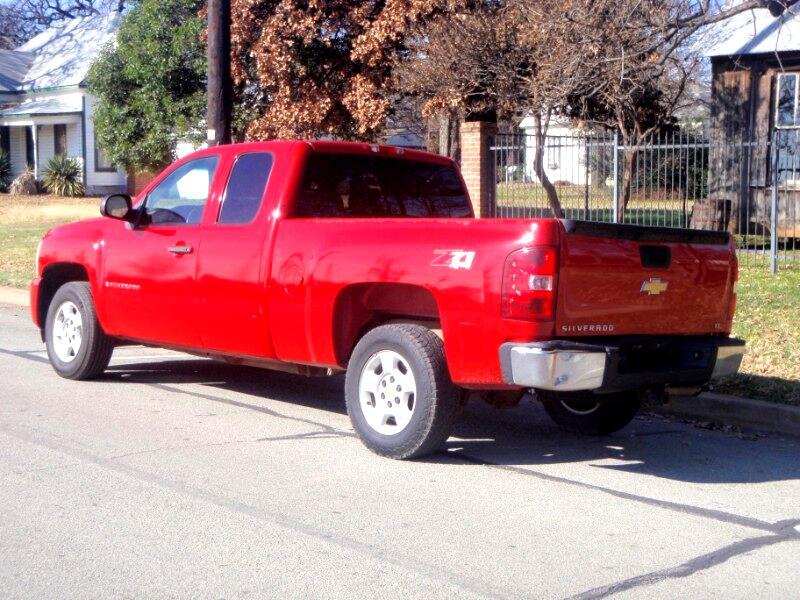 2008 Chevrolet Silverado 1500 LT2 Ext. Cab Short Box 4WD