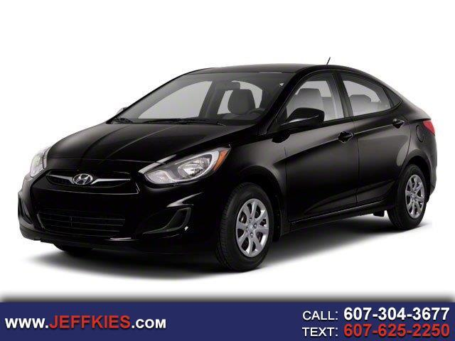 Hyundai Accent GLS 4-Door 2012