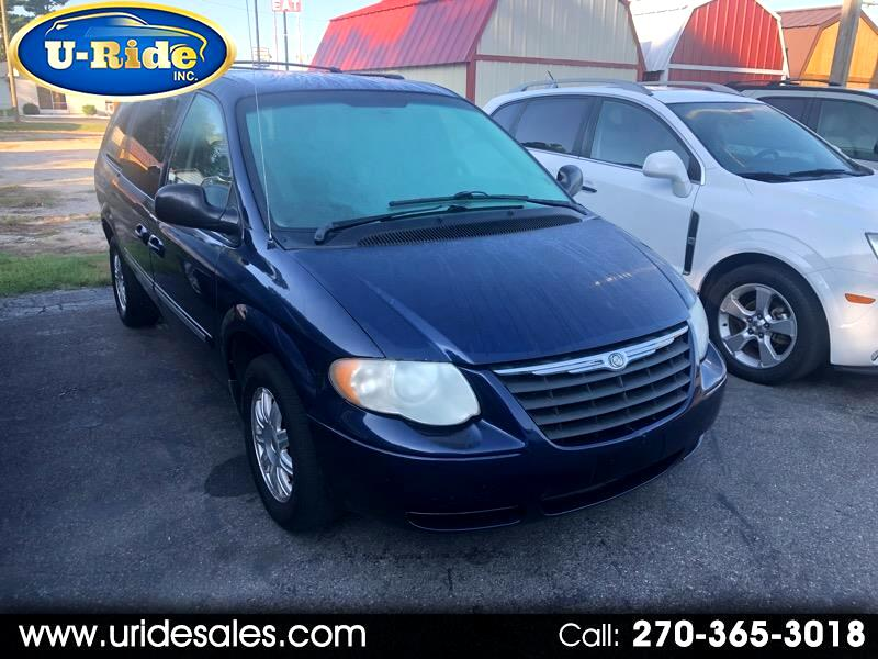 Chrysler Town & Country Touring 2006