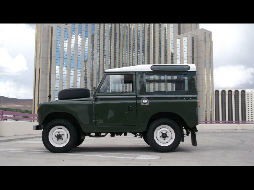 1966 Land Rover Series IIA Safari