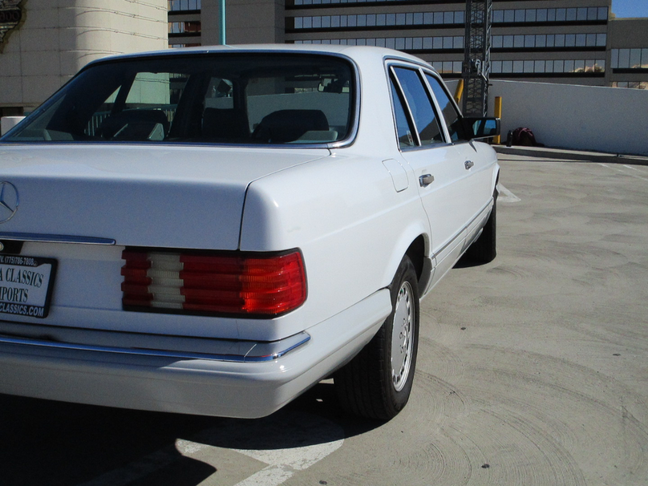 1989 Mercedes-Benz 420 Series 4dr Sedan 420SEL Auto