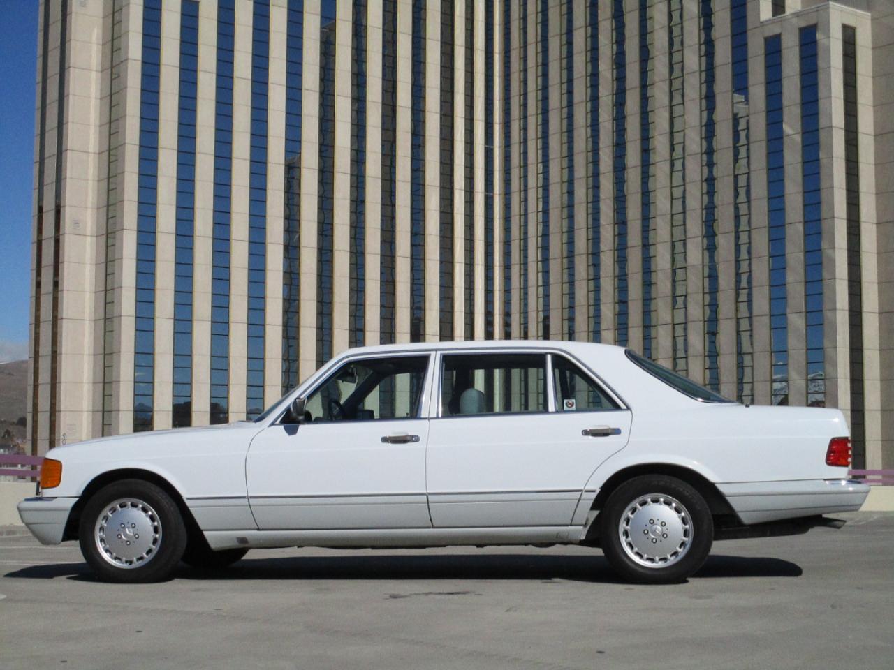 Mercedes-Benz 420 Series 4dr Sedan 420SEL Auto 1989