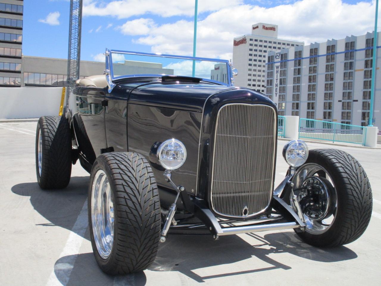 1932 Ford 2 Door