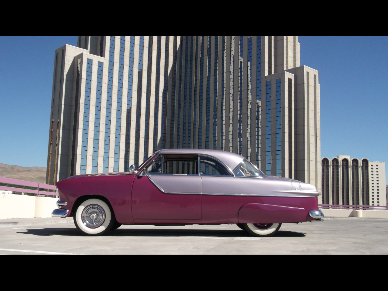 Ford Crown Victoria Base 1951