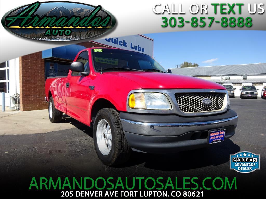 """2000 Ford F-150 2WD Reg Cab 145"""" XL"""