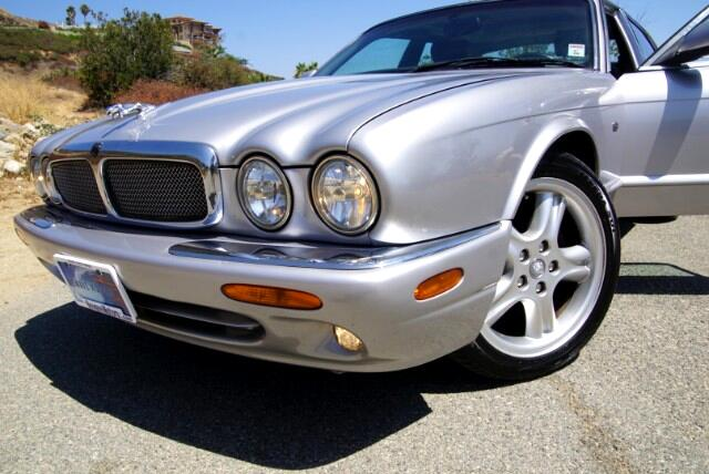 2002 Jaguar XJ-Series XJ Sport