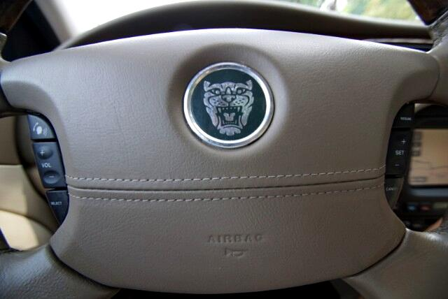 2003 Jaguar S-Type 4.2L WITH NAVIGATION