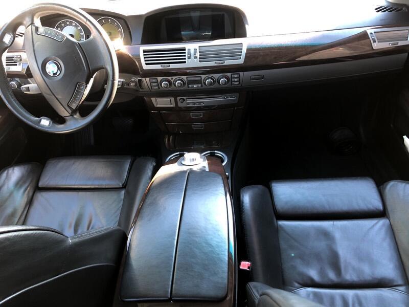 BMW 7-Series 750i 2006
