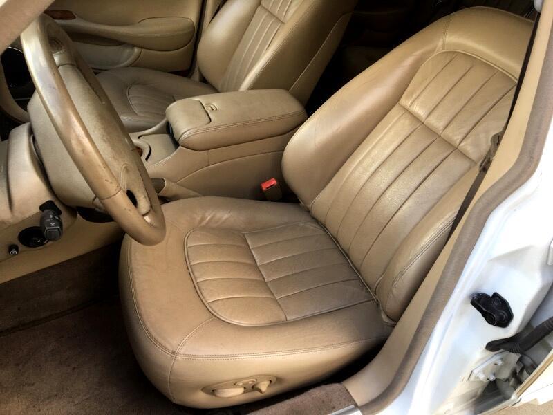 1998 Jaguar XJ Sedan