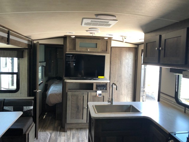 2019 Cruiser RV MPG 2200RB ULTRA LIGHT