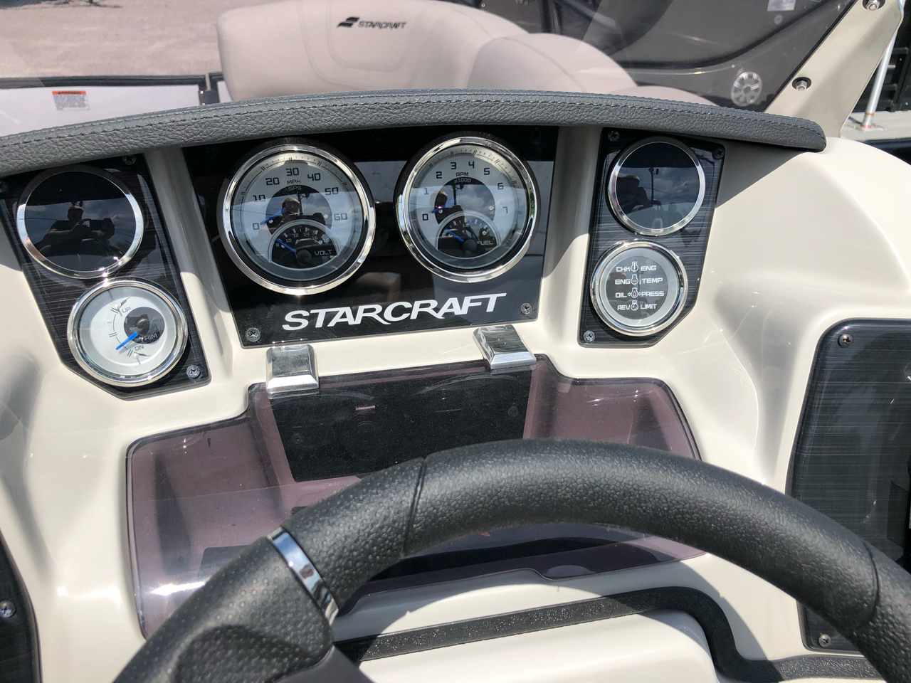 2019 StarCraft SLS SLS-3 TRIPLE-TOON LUXURY PKG.