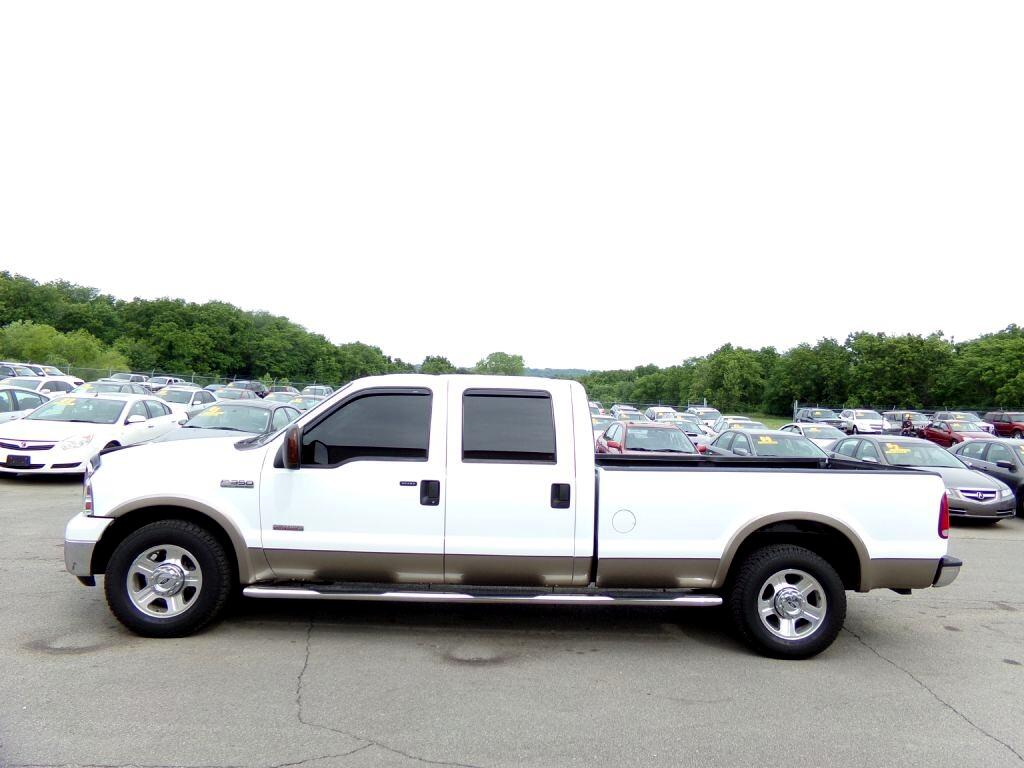 "2006 Ford Super Duty F-350 SRW Crew Cab 156"" XL"