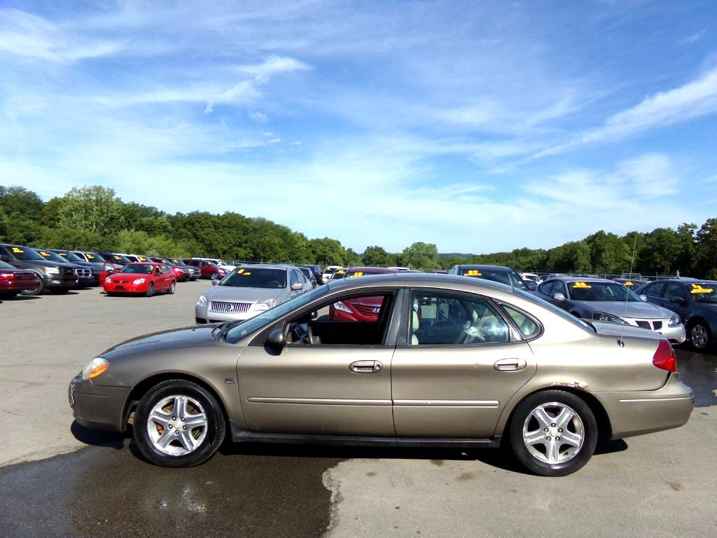 2002 Ford Taurus 4dr Sdn SEL Deluxe