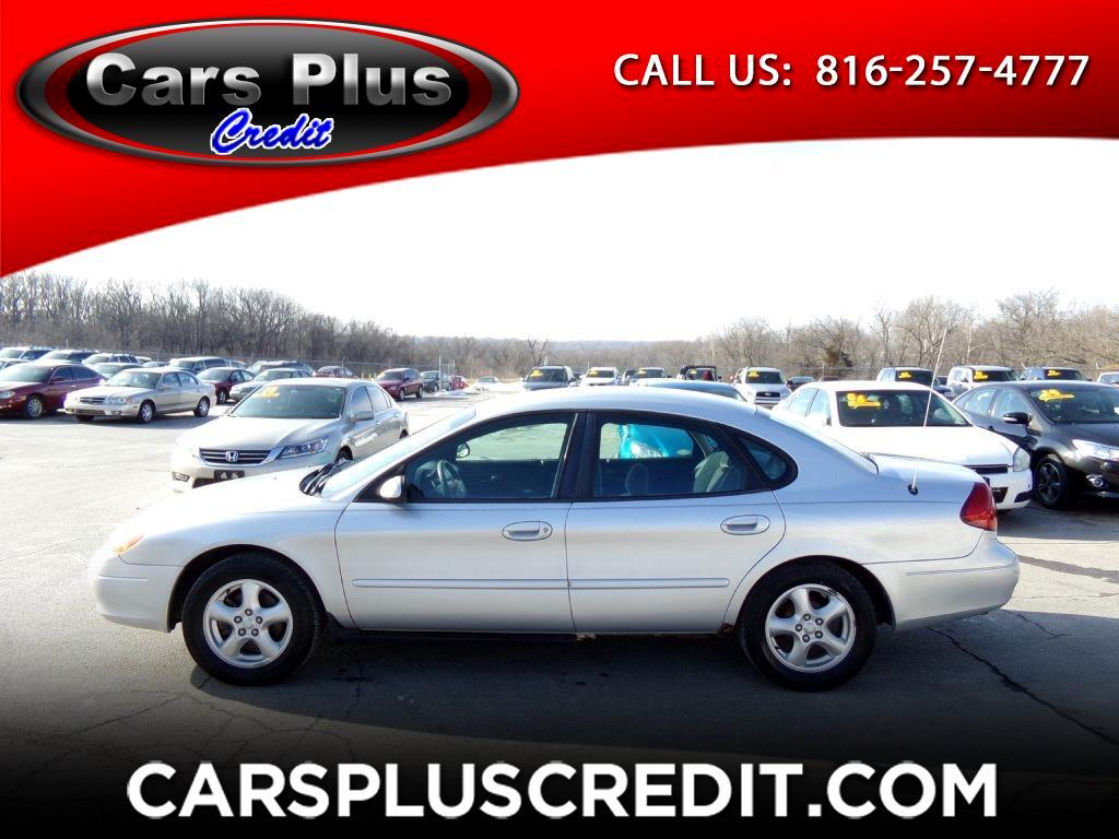 2002 Ford Taurus 4dr Sdn SES Standard