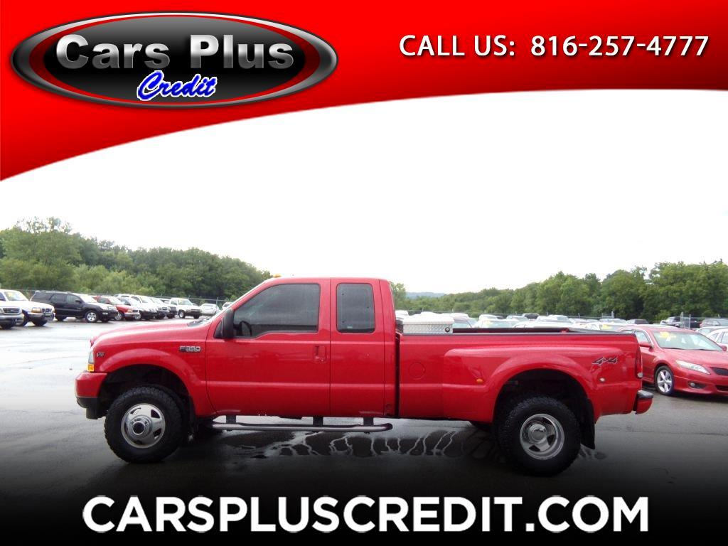 2003 Ford Super Duty F-350 DRW Supercab 158