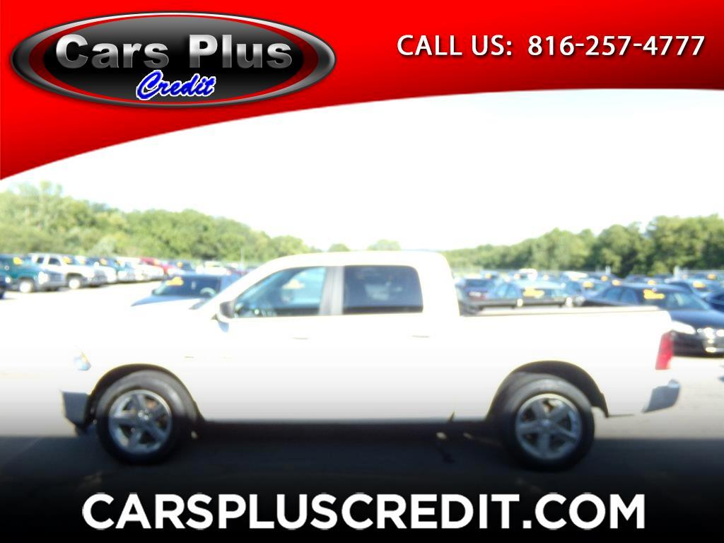 "Dodge 1500 4WD Crew Cab 140.5"" Big Horn 2012"