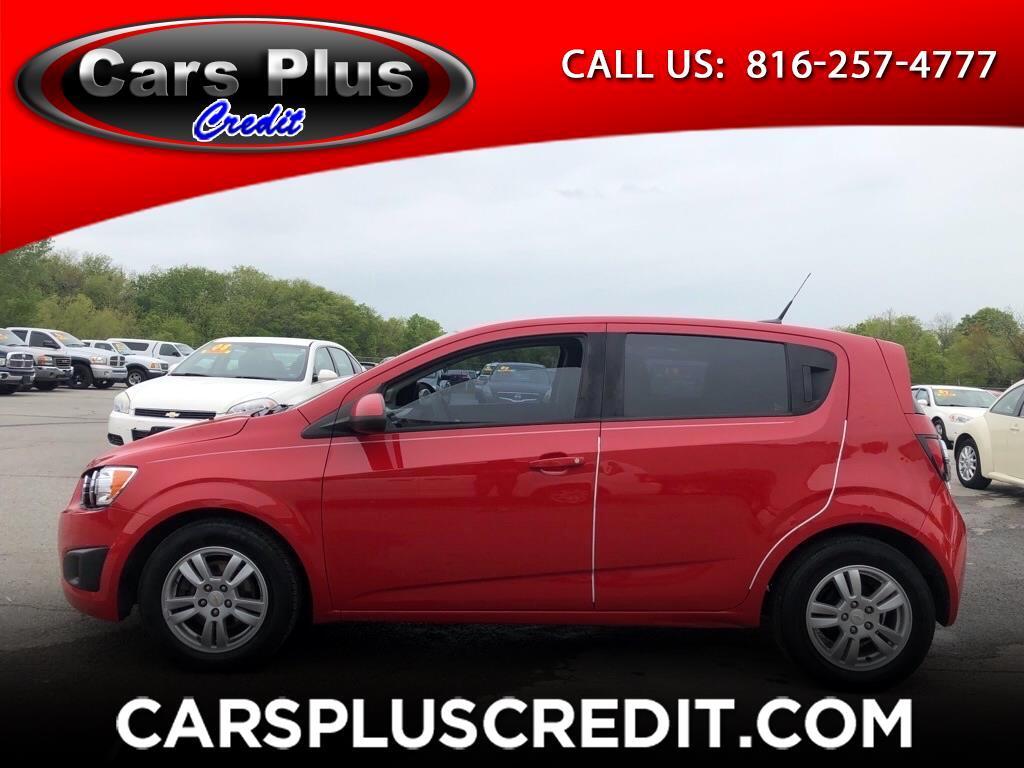 Chevrolet Sonic 5dr HB LS 1LS 2012