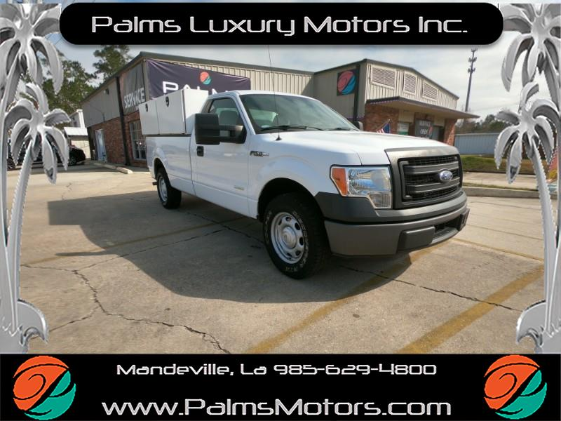 2014 Ford F-150 XL Heavy Duty Payload 8ft Bed 2wd.