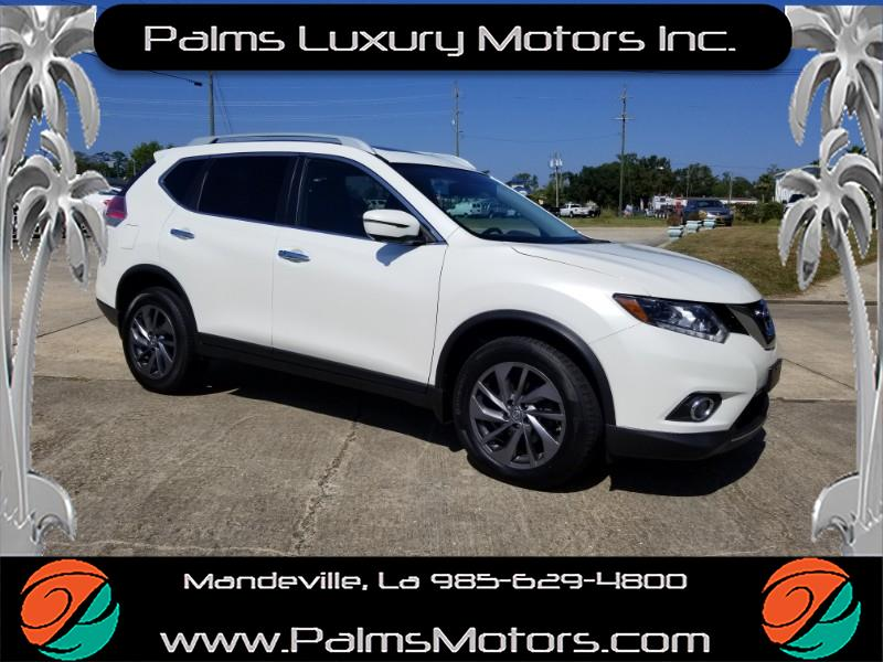 2016 Nissan Rogue SL w/Nav, Leather, Pano Roof, Bose Audio and More