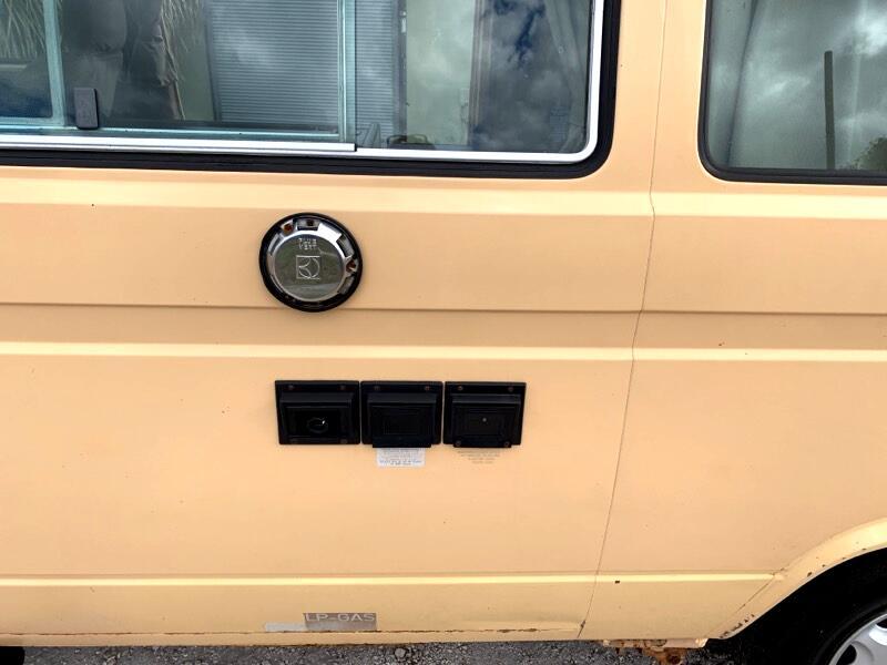 1985 Volkswagen Vanagon Campmobile