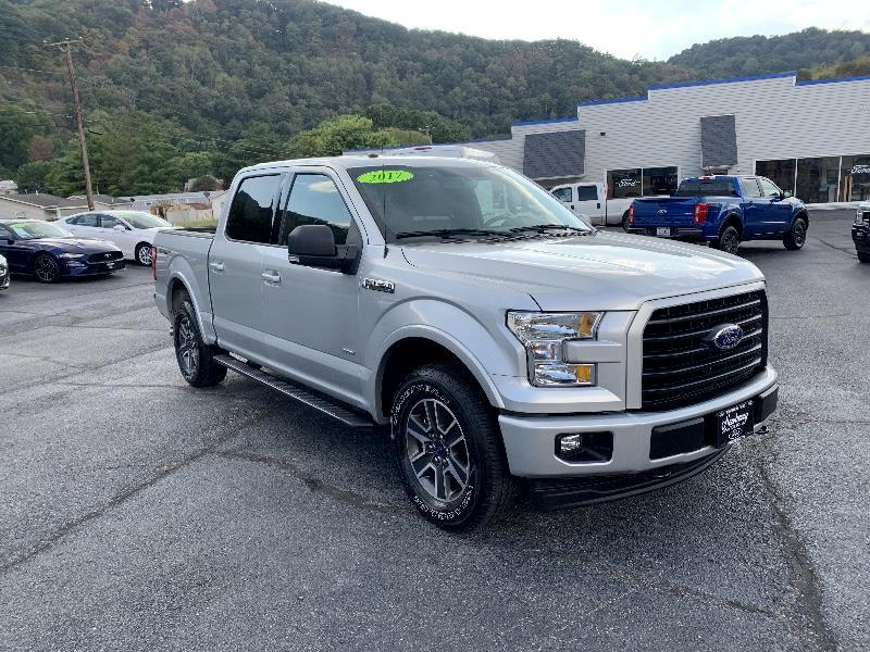 2017 Ford 150 Lariat SuperCrew 6.5-ft. Bed 4WD