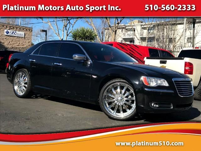 2013 Chrysler 300 C AWD What A Car Navi Pano Roof We Finance Call No