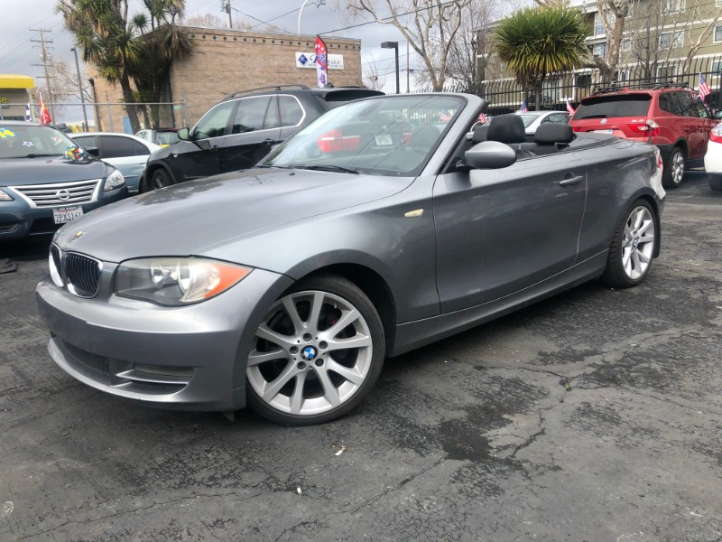 BMW 1-Series 128i Convertible 2009