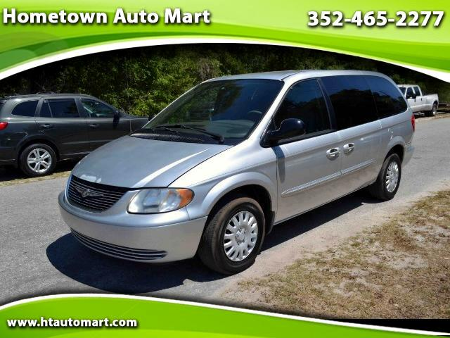 2003 Chrysler Town & Country Base