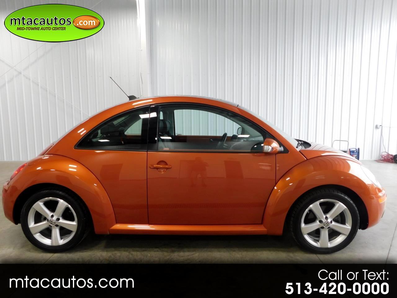 2010 Volkswagen New Beetle 2.5L RED ROCK EDITION