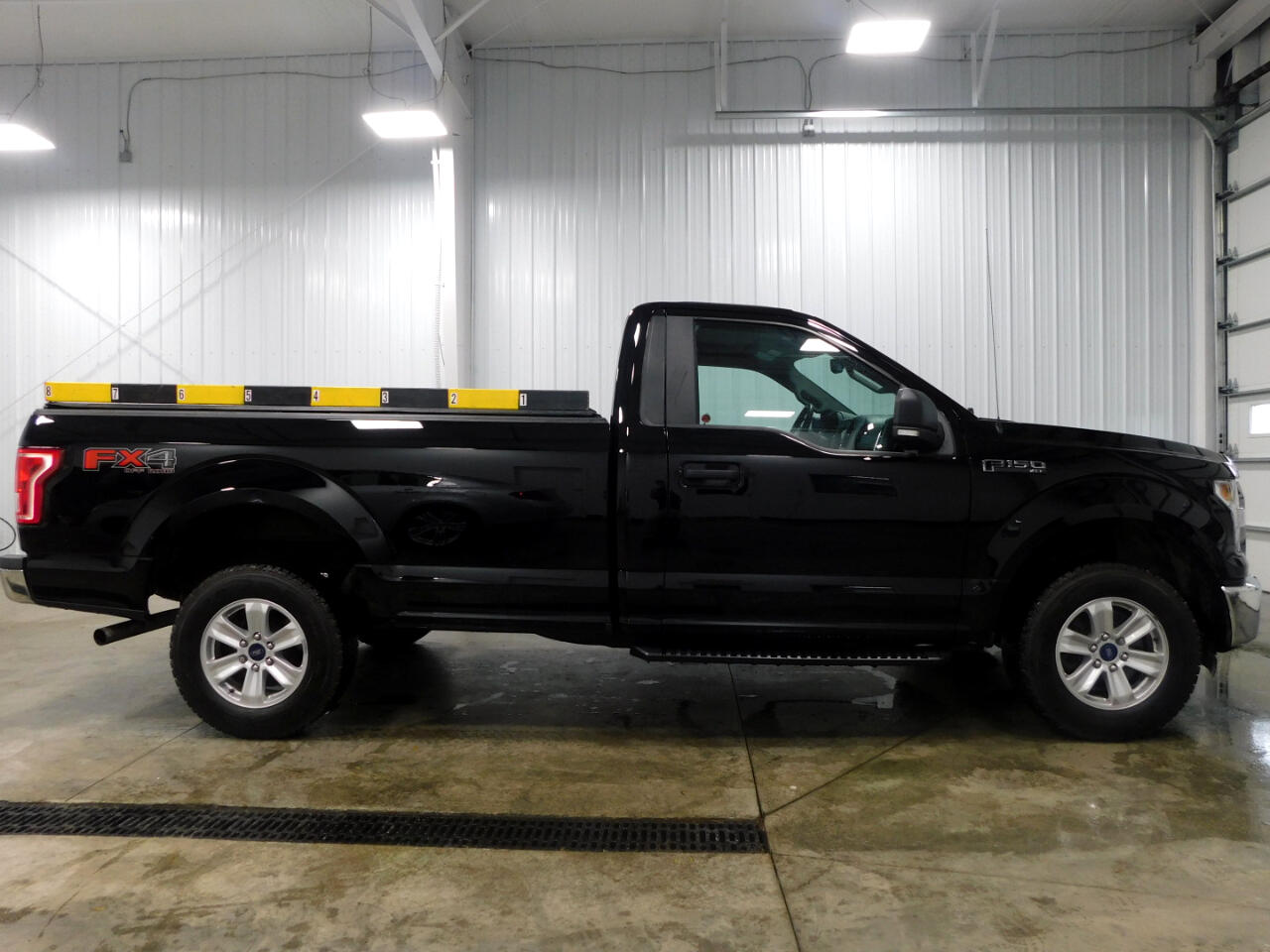 Ford F-150 XLT 8-ft. Bed 4WD 2016