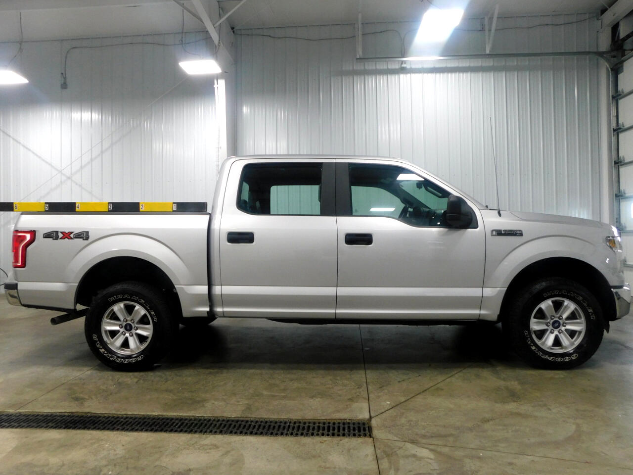 "Ford F-150 4WD SuperCrew 150"" XL 2016"