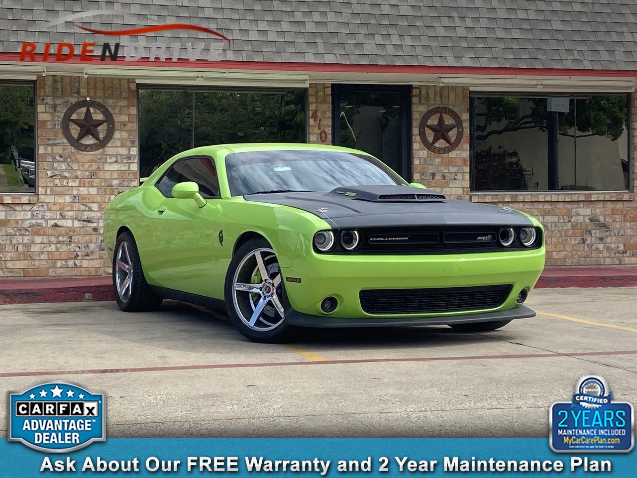 2015 Dodge Challenger 2dr Cpe R/T Scat Pack Shaker
