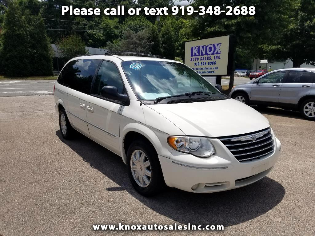 2005 Chrysler Town & Country 4dr Wgn Touring