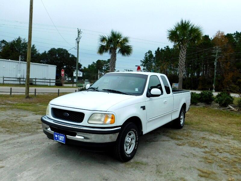 """1998 Ford F-150 2WD Reg Cab 141"""" XLT"""