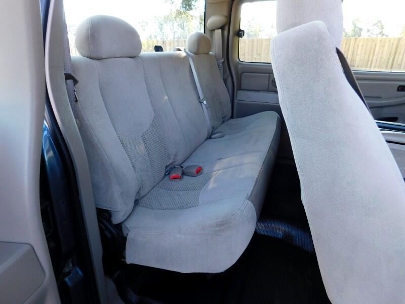 2006 Chevrolet Silverado 1500 LS 2WD
