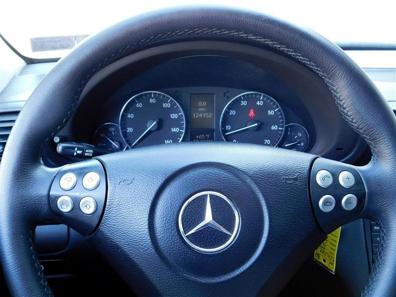 2007 Mercedes-Benz C-Class 2.5L Sport