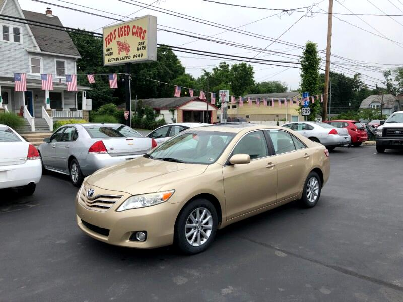 2010 Toyota Camry LE V6 6-Spd AT