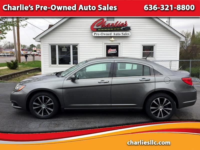 2013 Chrysler 200 Touring S