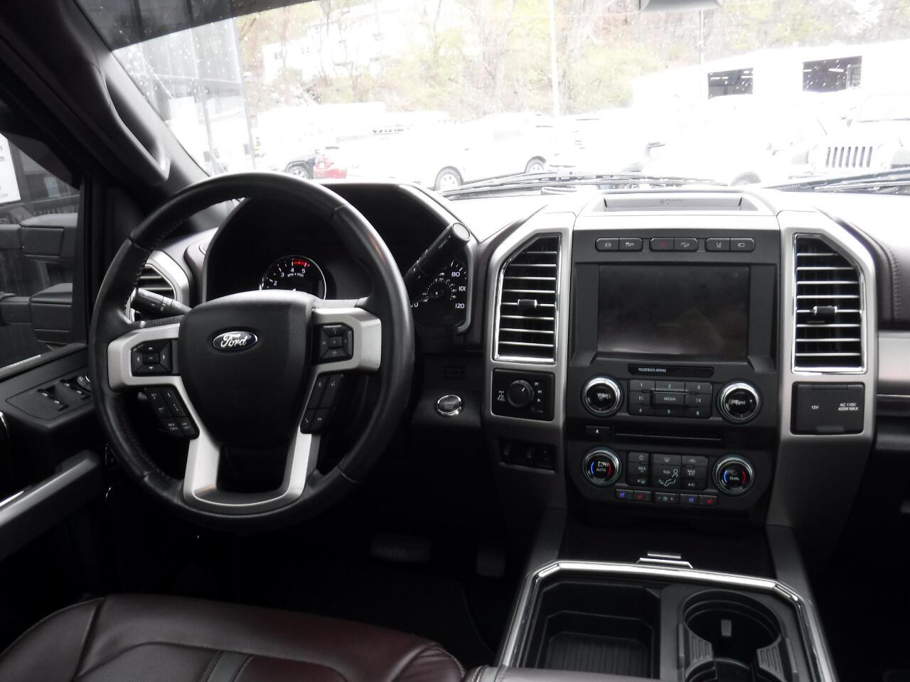 2017 Ford Super Duty F-250 SRW Platinum 4WD Crew Cab 6.75' Box