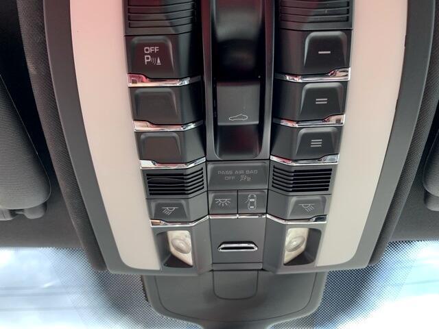 Porsche Cayenne AWD 4dr S 2012