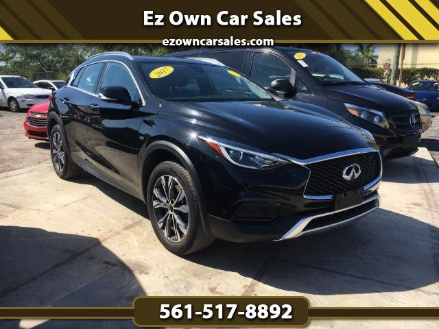 2017 Infiniti QX30 Luxury AWD