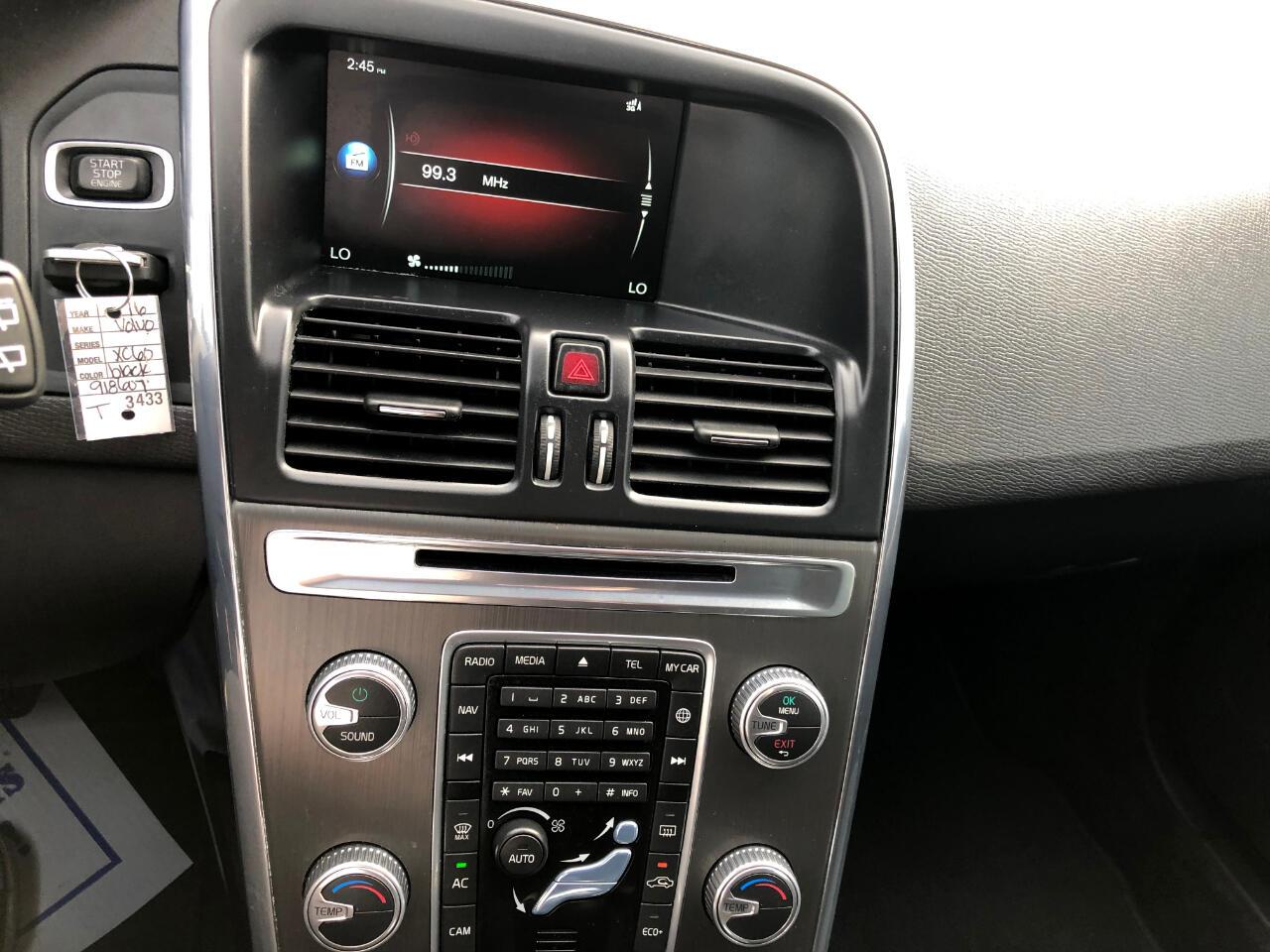 2016 Volvo XC60 FWD 4dr T5 Drive-E